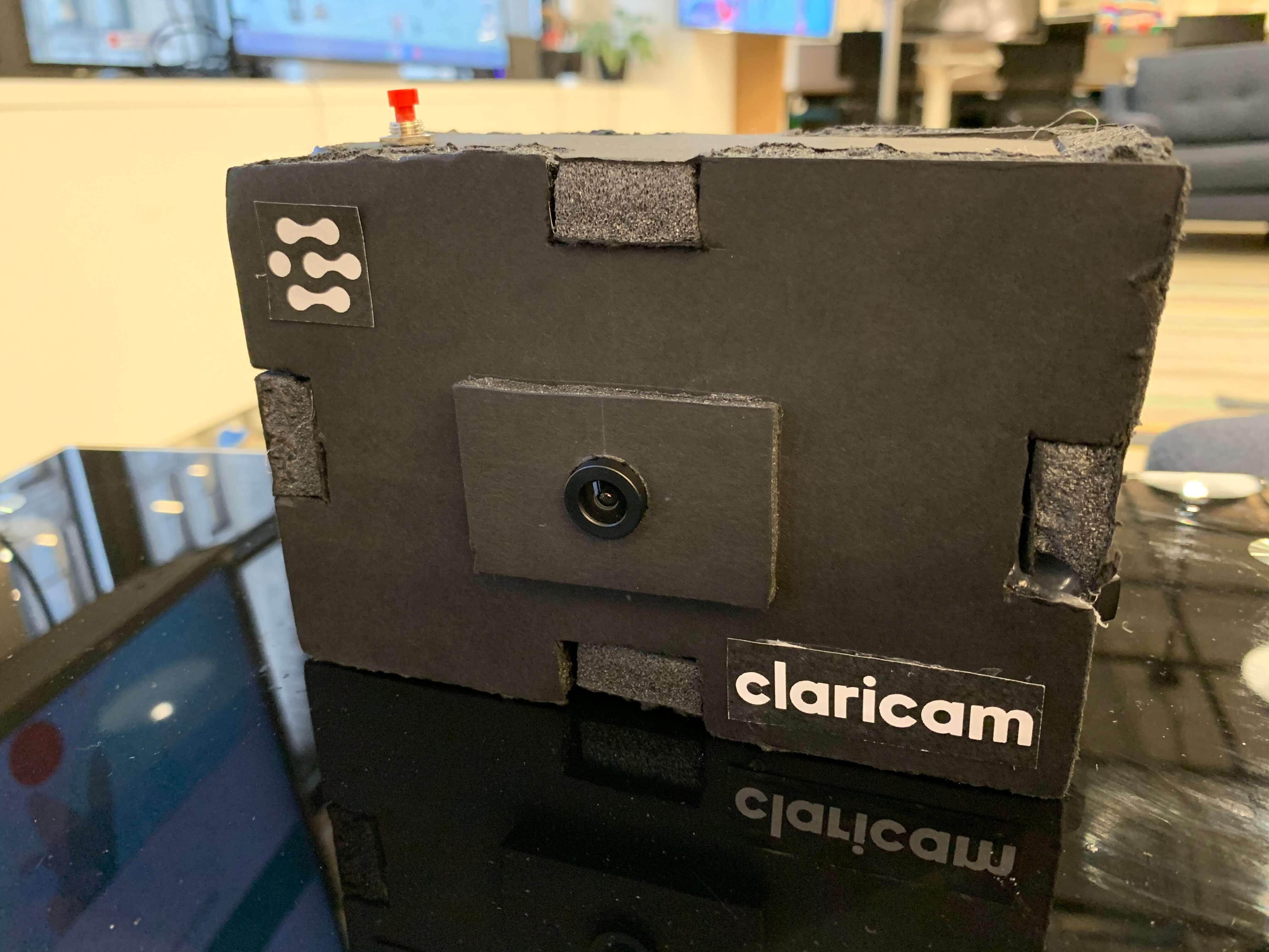 ClariCam front